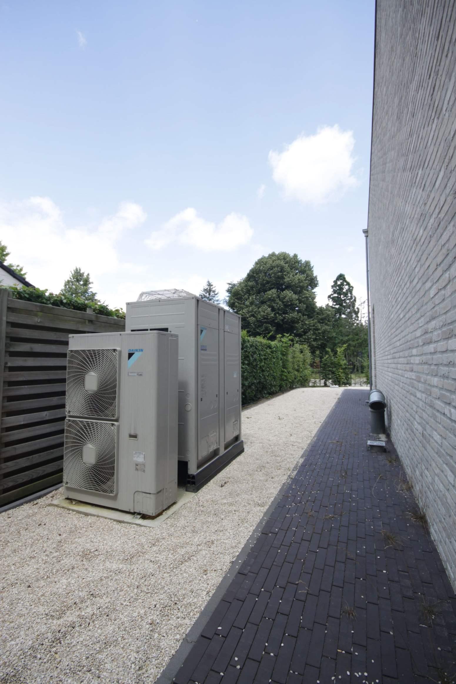 Daikin Airco VRV buitenunits Remibo Westmeerbeek